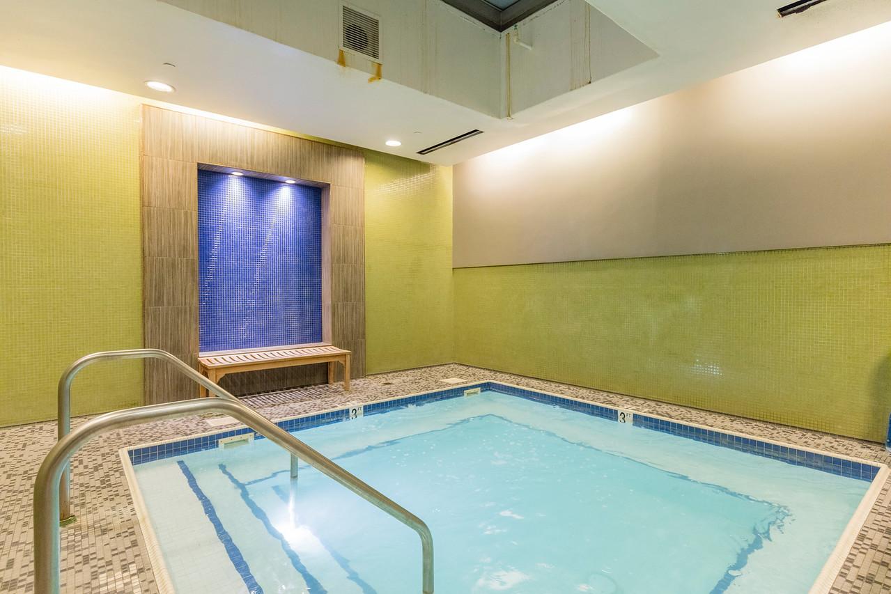 hot tub at arcadia gym