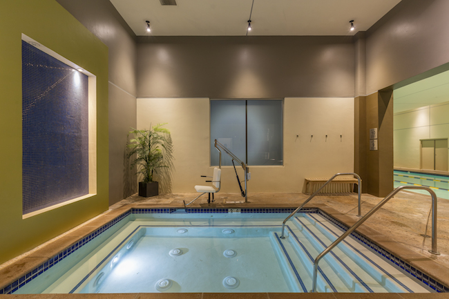 Gym With Pool Spa In Montclair Ca Gold S Gym