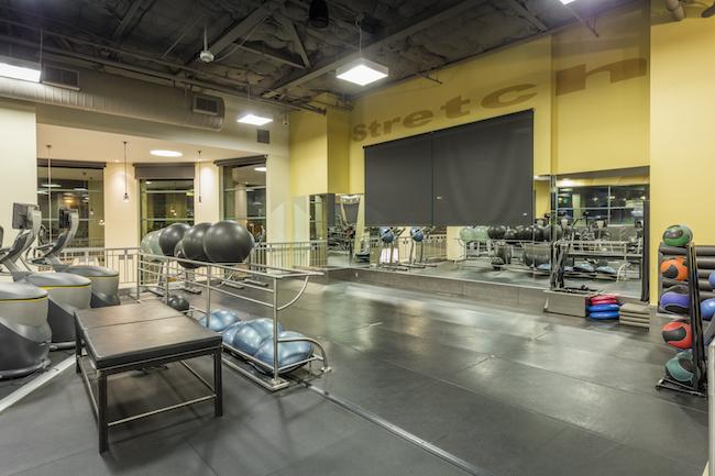 valencia gym stretching area
